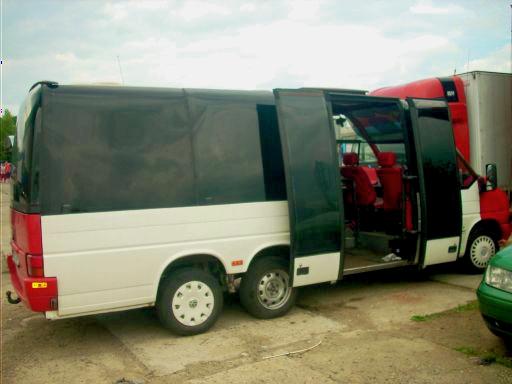 Zatmavení skel autobusu