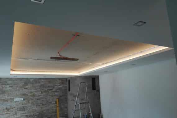 Provedení povrchů stropu: Lesk