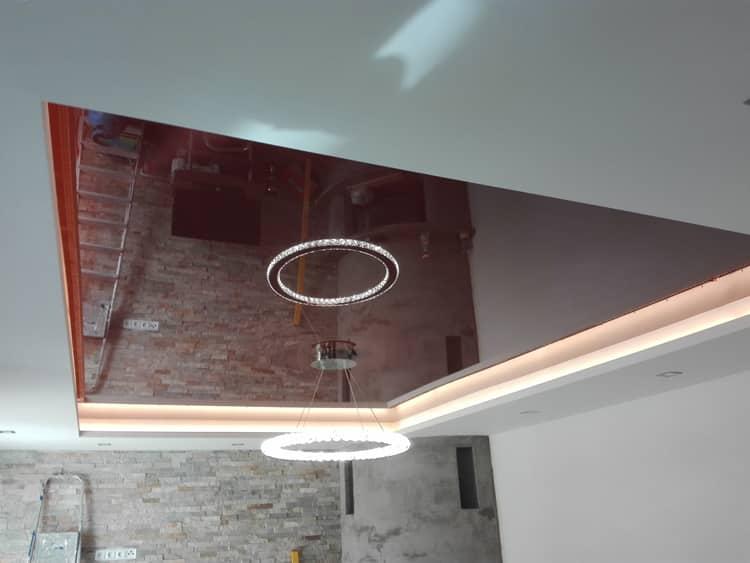 Montáž napínaného stropu s osvětlením