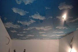 Montáž stropu Nebe v chodbě