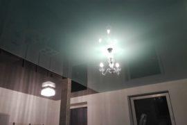 Dvoubarevné stropy do interiéru